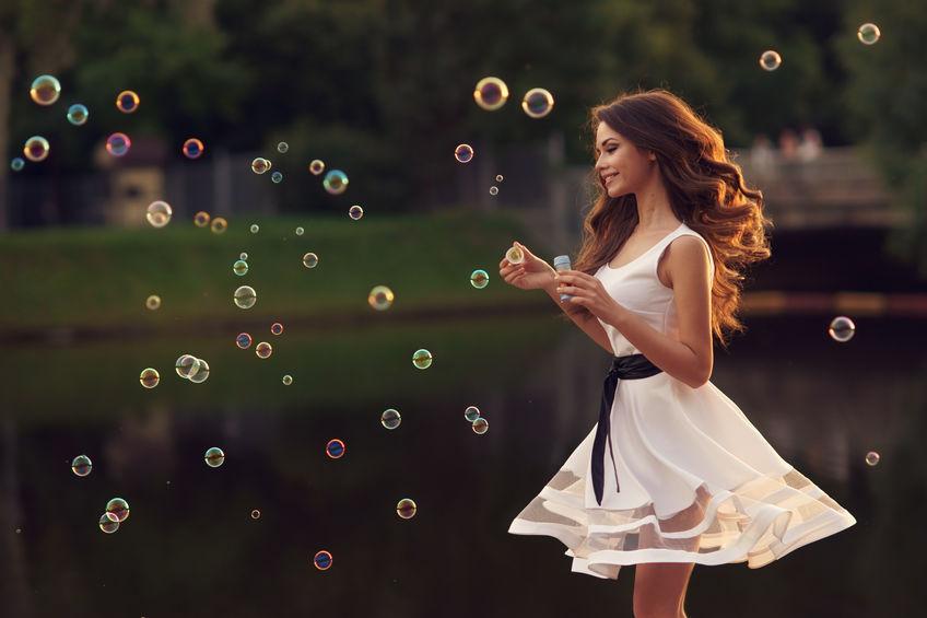 Comment porter une robe transparente